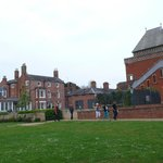 The hotel is just a few steps away from Royal Shakespeare Company theatre.