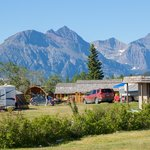 Gorgeous location, 5 minutes from the Glacier Nat'l Park east gate.