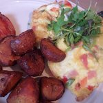 Omelet with potatoes