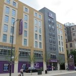 Photo de Premier Inn London Croydon Town Centre