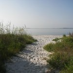 Photo de Carrabelle Beach, an RVC Outdoor Destination