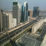 Photo de Jumeirah Emirates Towers