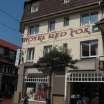 Photo de Hotel Red Fox