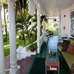 Photo de Southernmost Point Guest House