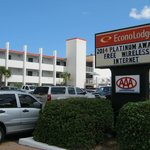 Econo Lodge on the Ocean resmi