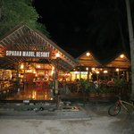 Mabul Beach Resort resmi