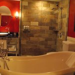 immaculate and very smart bathroom