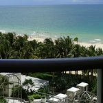 The St. Regis Bal Harbour Resort resmi