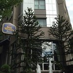 Photo de BEST WESTERN PLUS Uptown Hotel