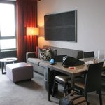 Photo de Adina Apartment Hotel Frankfurt Neue Oper