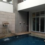 Photo de Two Villas Holiday Oxygen Style Bangtao Beach