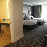 The Brice, a Kimpton Hotel resmi