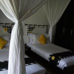 Candi Beach Cottage resmi