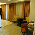 The Bellevue Manila resmi