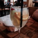 Summer white sangria - delicious and refreshing