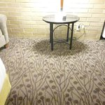 King bed room, clean carpets