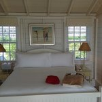 Superior Beach Cottage Bed