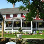 Foto van The Lake House at Ferry Point Inn