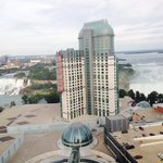 صورة فوتوغرافية لـ ‪Hilton Hotel and Suites Niagara Falls / Fallsview‬