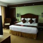 Waterfront Airport Hotel and Casino resmi