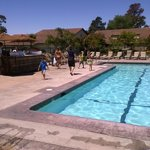 large pool and hot tub...bar/food service on the wknds