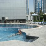 Marina View Hotel Apartments resmi