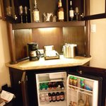 Fully stocked fridge - you do need to request wine glasses if yours are used. They are not resto