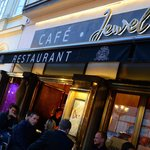Photo de Jewel Café Bar