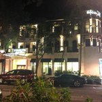 Inn on Fifth resmi