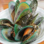 Green-lipped mussels in white wine - delicious (pretty too!)