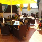Open air terrase in Gamanta Art hotel