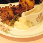 Draper's fried chicken with mashed potatoes, gravy and green beans