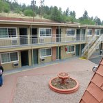 ภาพถ่ายของ Americas Best Value Inn and Suites - Flagstaff E. Route 66