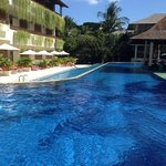 pool bar and deluxe pool access rooms