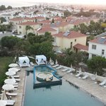 E Hotel Spa & Resort Cyprus resmi