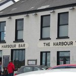 Harbor dining and pub