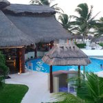 Photo of Azul Beach Hotel, by Karisma