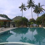 Foto de Poinciana Oceanside Resort & Retreat Centre