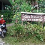 Golden Triangle Inn resmi