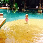 Little drop of paradise - our 3 year old loved this resort !!!!