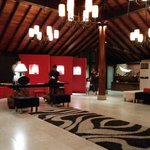 The Surf Hotel resmi