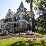 The Wallingford Victorian Bed and Breakfast