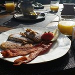 Beautifully presented breakfast on the verandah