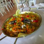 Paella at the kiosk