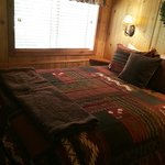 Wind River Cabin - Bedroom