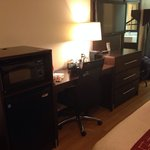 Desk, minibar area, TV