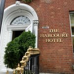 Photo de Harcourt Hotel
