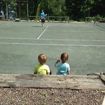 Daddy Playing Tennis & His Biggest Fans