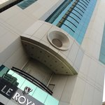 Le Royal Tower Hotel resmi