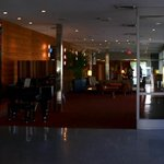 Piano lounge and lobby